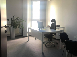 Barska 28/30 - sublease