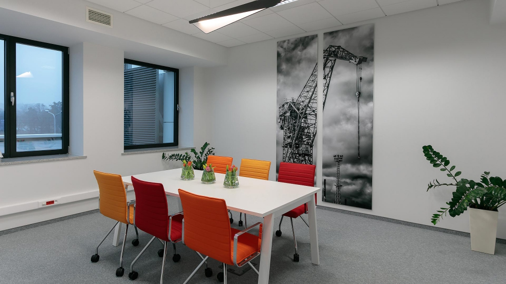 Conference room in the Tenant's premises - exemplary arrangement
