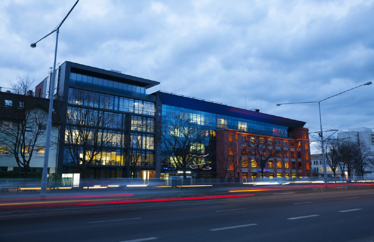Centrum Biznesowe Kopcińskiego 79