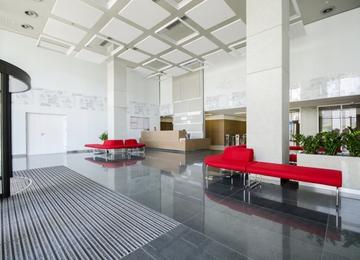 Domaniewska Office Hub z kamieniem węgielnym