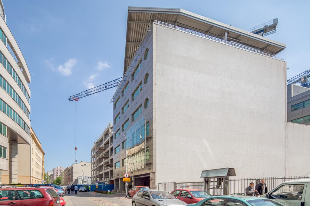 Building's block - offices to let