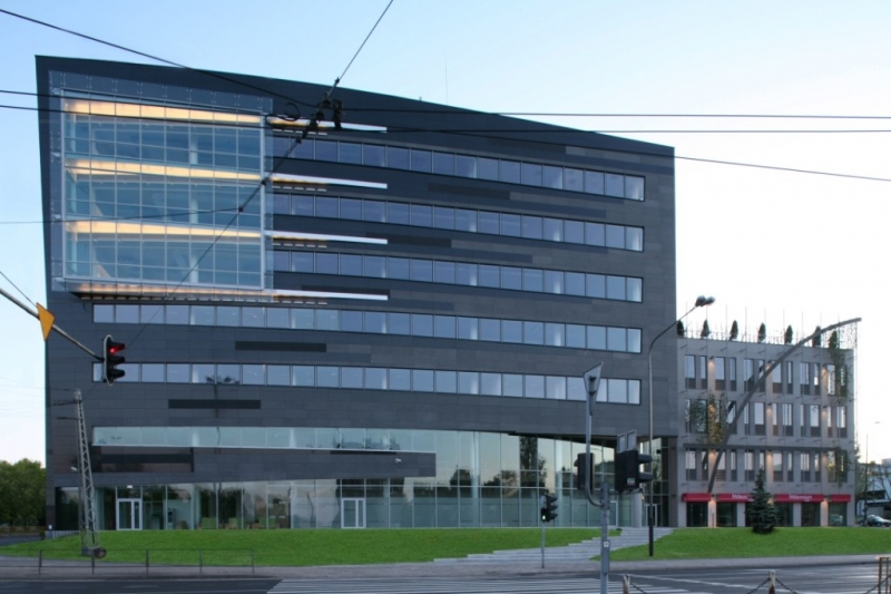 Forum 76 Business Center