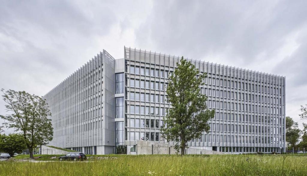 Widok na budynek biurowy
