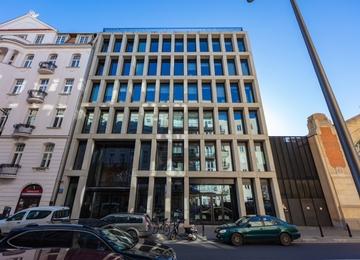 Nowy budynek biurowy w Warszawie