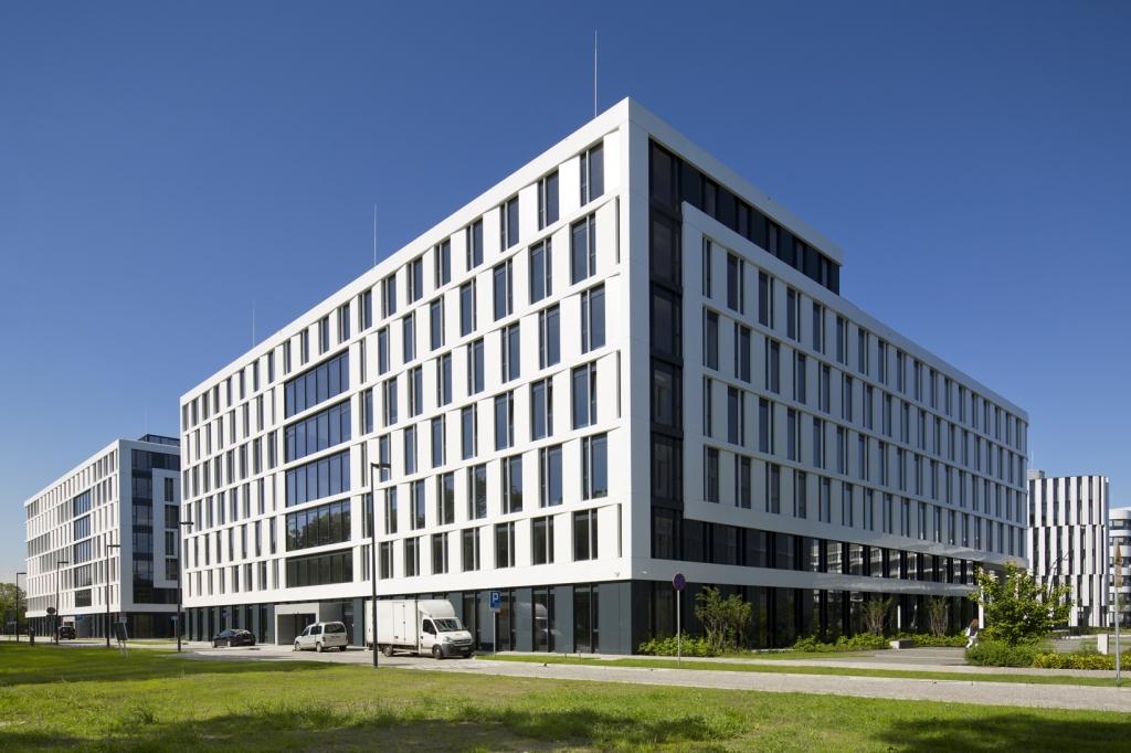 Budynek biurowy - powierzchnie do wynajęcia