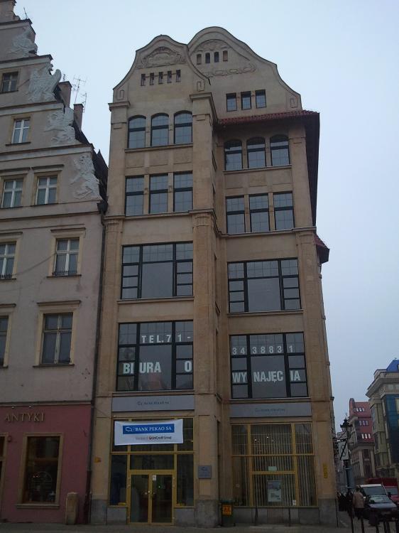 Fasada kamienicy od strony Rynku - Rynek 1