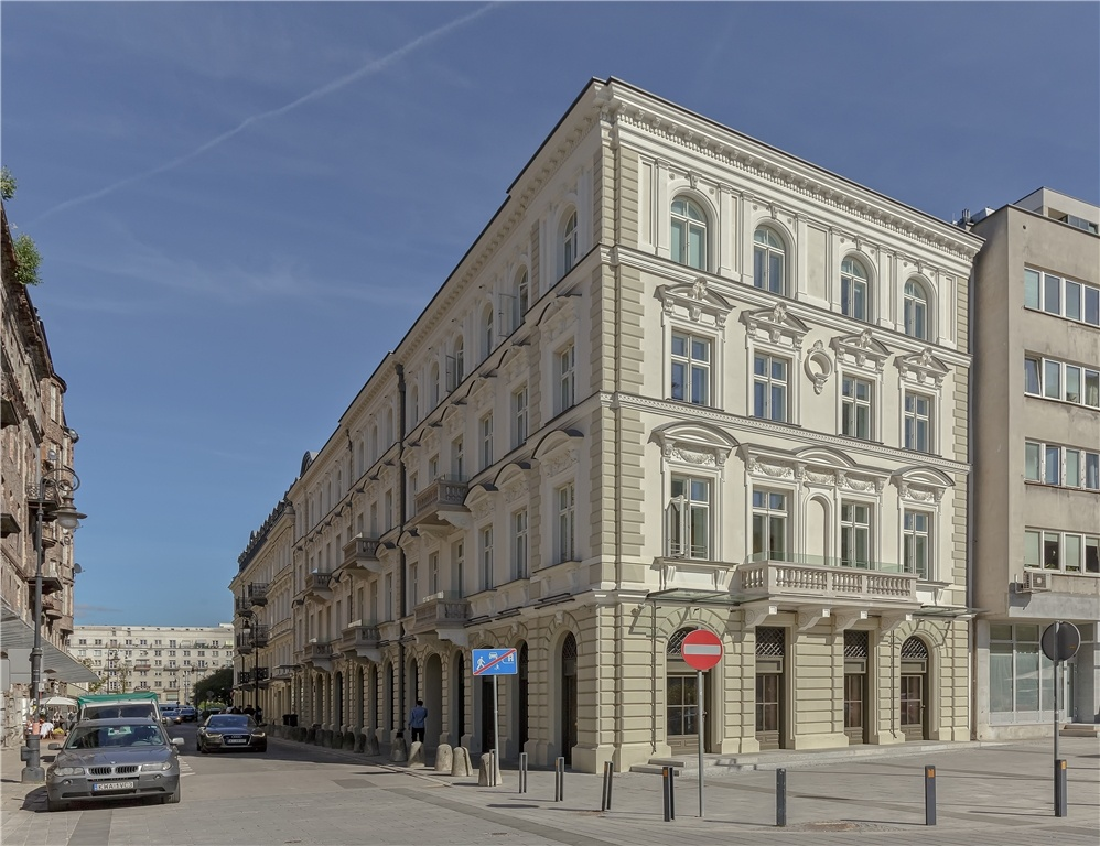 Budynek biurowy - widok od Placu Grzybowskiego