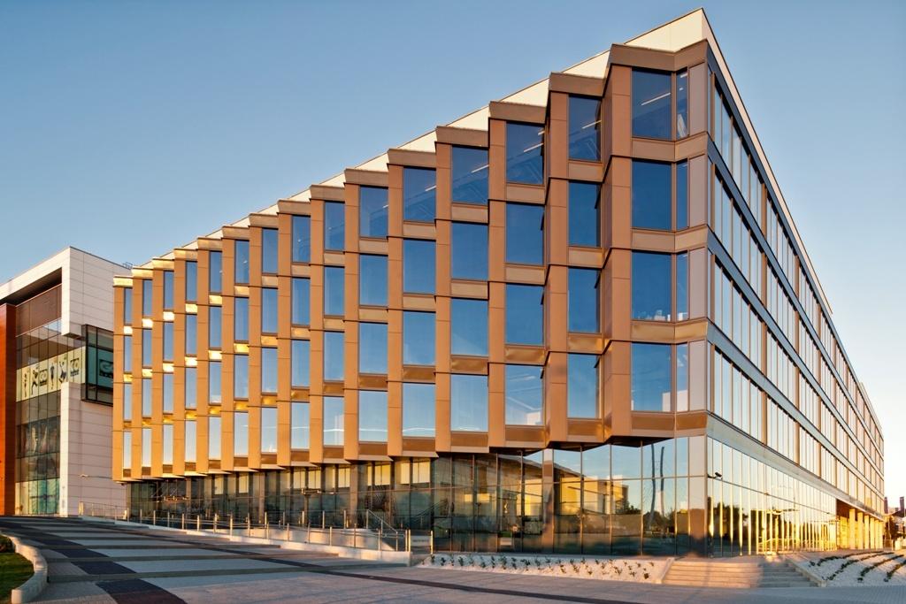 Fasada budynku biurowego, fot. Anna Gregorczyk
