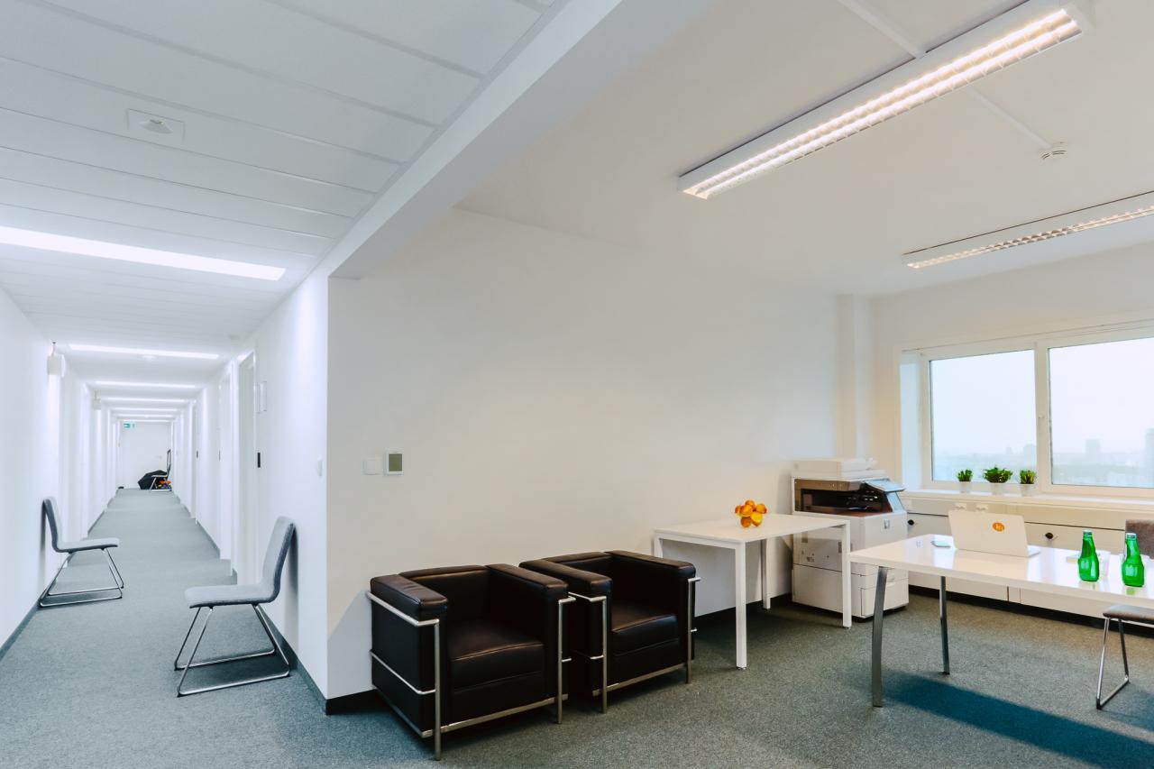 Office & Cowork Centre – Stawki 2