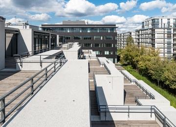 Osobliwy kompleks biurowy P4 na Służewcu