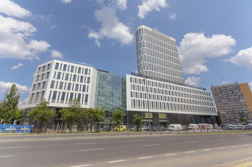 Office building's facade, Waryńskiego Street view