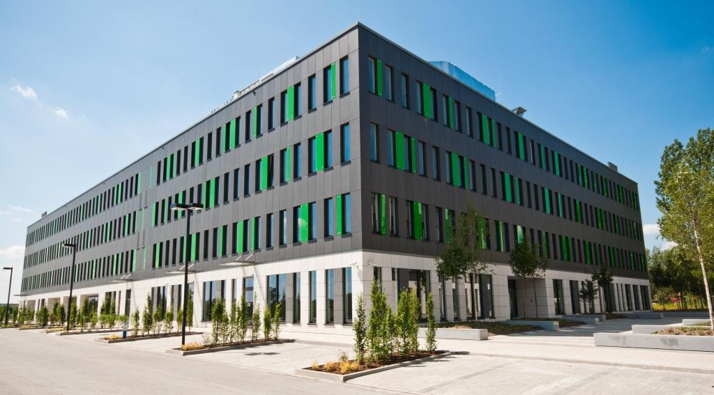 Budynek C1 z powierzchniami biurowymi do wynajęcia