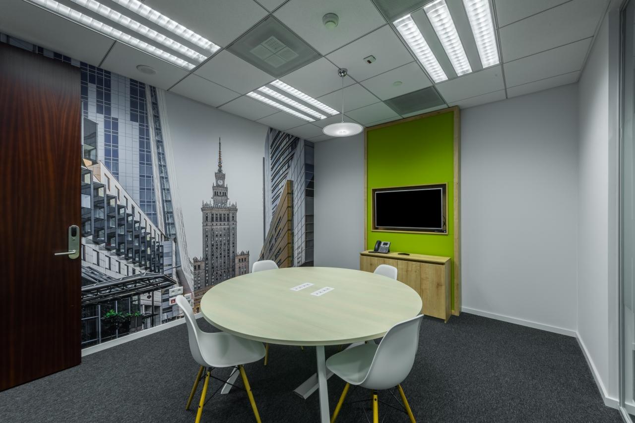 Regus Warsaw Financial Center