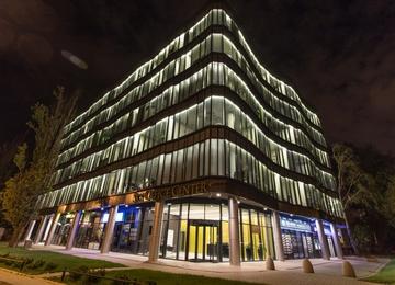 Sky Office Center zachowuje certyfikat