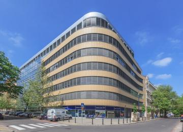 Kulczyk Silverstein Properties sprzedał Stratos Office Center