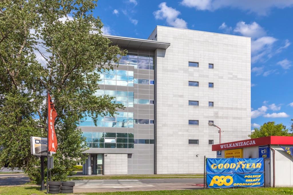 Widok na budynek z powierzchniami biurowymi do wynajęcia
